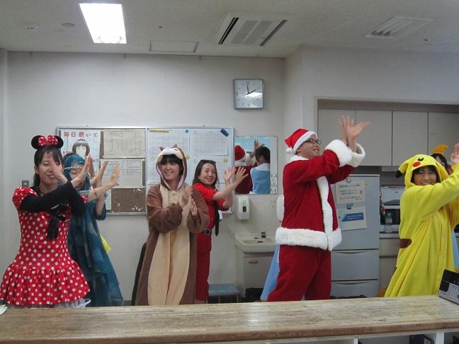 12月23日 子ども病院クリスマスパーティー