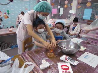 12月14日 こども病院 クッキー作り
