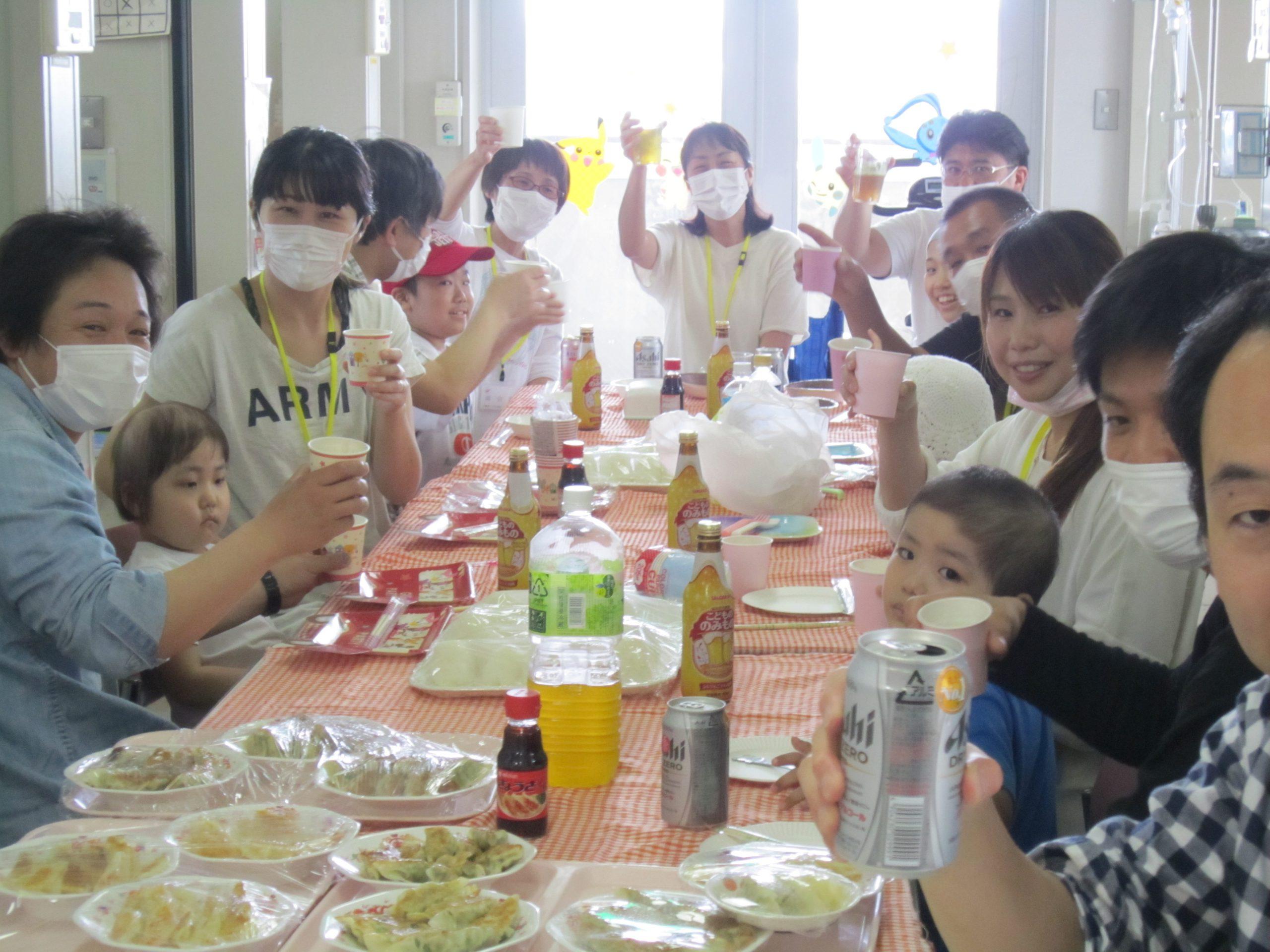 6月8日 千葉県こども病院 父の日 餃子・おにぎりパーティー